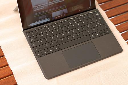 Surface Go 12
