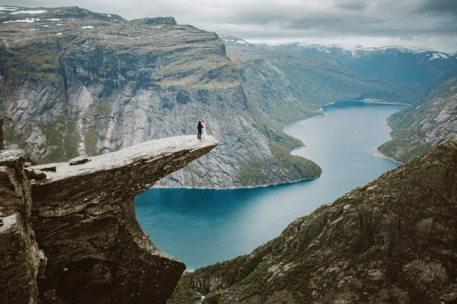 Trolltunga Wedding Session Priscila Valentina 15