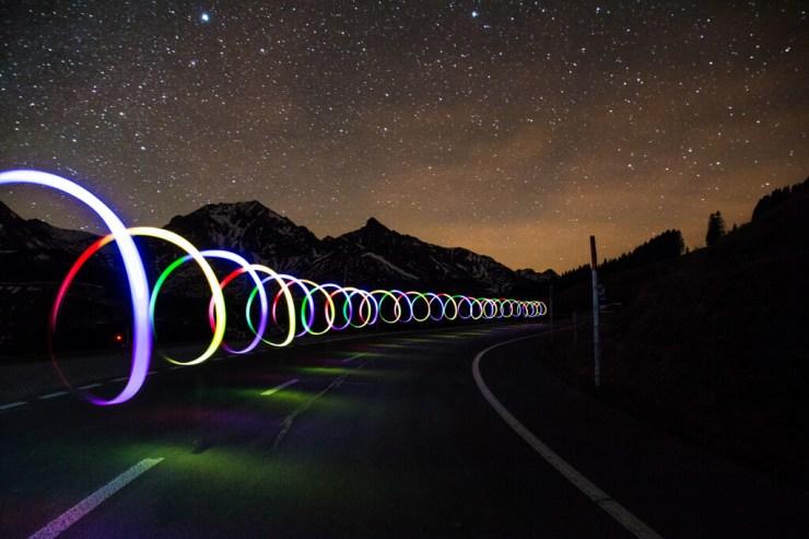 Por qué viajar a la velocidad de la luz es teóricamente imposible