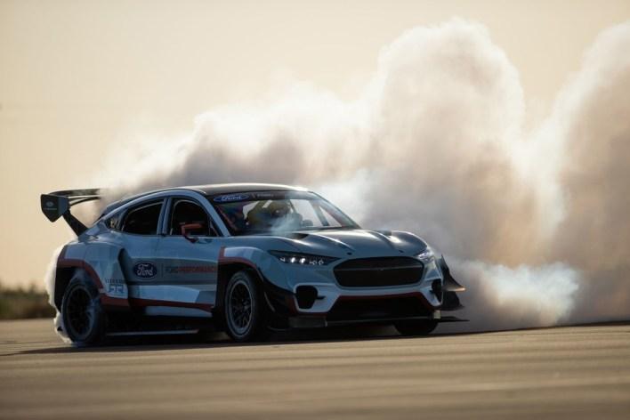 Ford crea un brutal Mustang Match-E de 1.400 caballos para