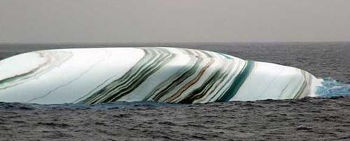 Resultado de imagen de Icebergs con rayas de colores, Antártida