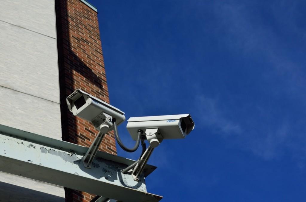 La Unión Europea plantea un veto de cinco años para el reconocimiento facial en zonas públicas