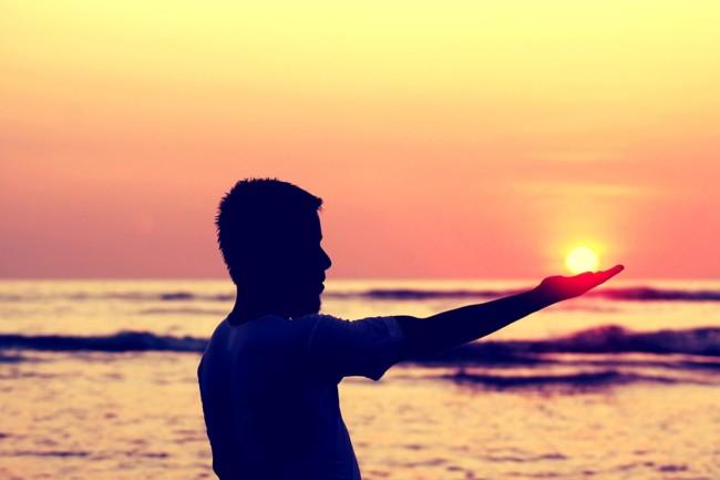 Sun In Hand 693382 1280