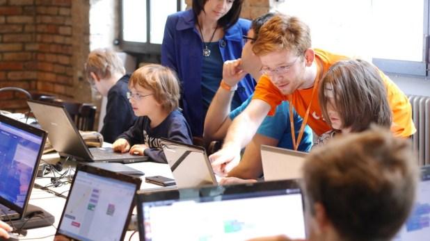 Aprender robótica y programación en las vacaciones de verano: guía de recursos, libros y juegos para niños y jóvenes