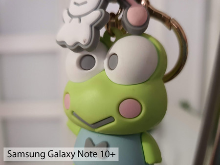 Samsung Galaxy Note 10plus Macro Int 02