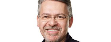 John Giannandrea habla del uso de la inteligencia artificial dentro de Apple en una nueva entrevista