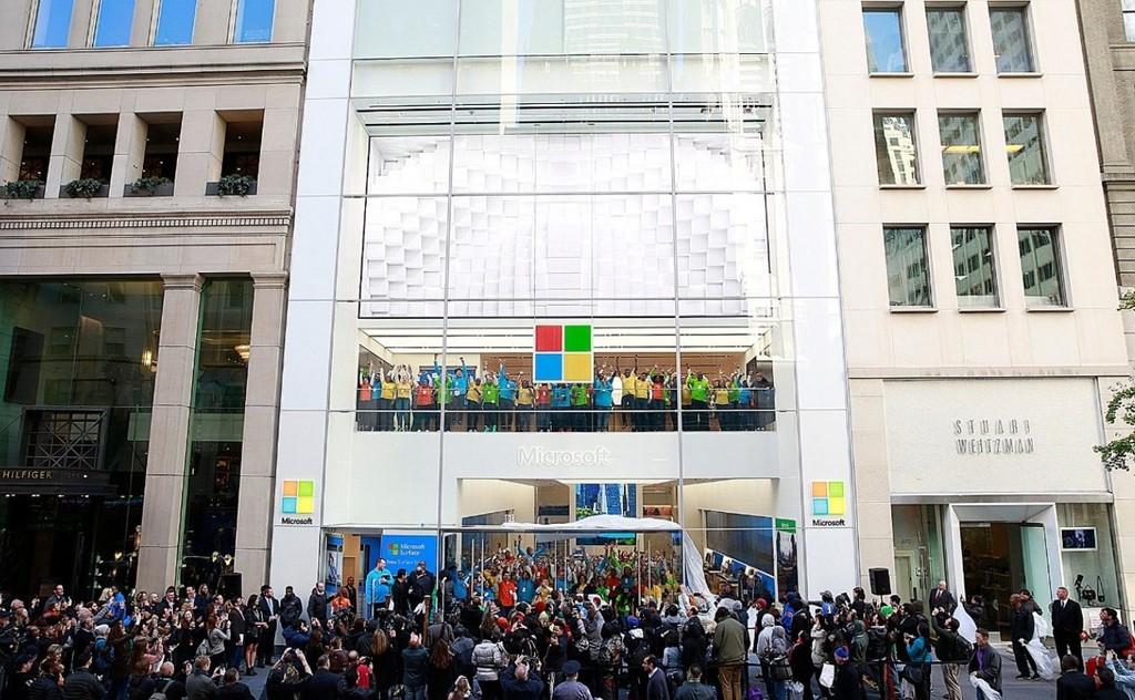 Microsoft cierra sus tiendas físicas en todo el mundo: su hardware y software se venderá online