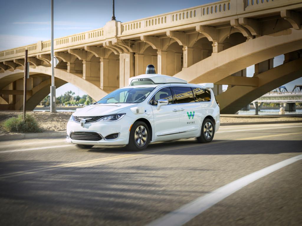 Los taxis autónomos de Waymo One inician su andadura y plantean un innovacion en el transporte