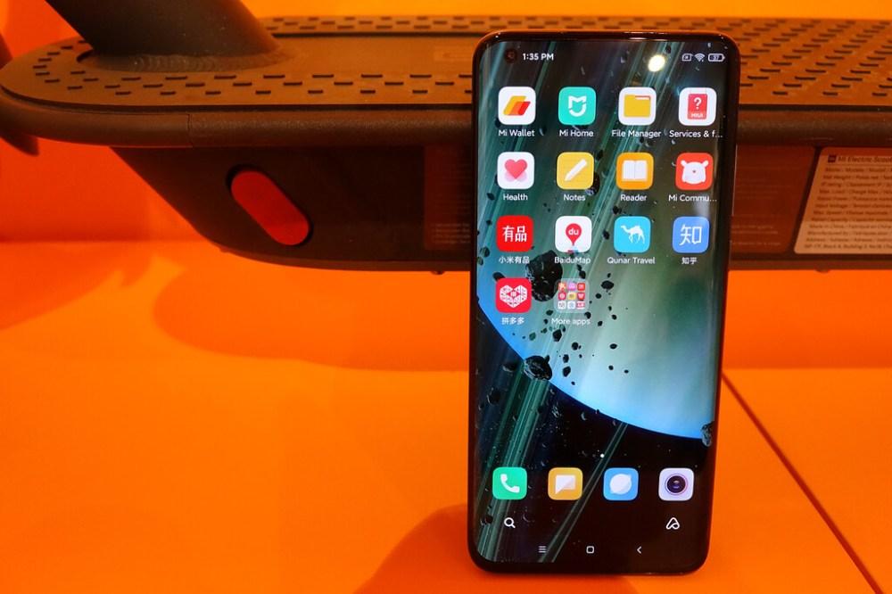 Xiaomi Mi 10 Ultra, primeras impresiones: lo tiene todo para pegar duro en la gama alta, pero lo que rompe esquemas es su carga rápida