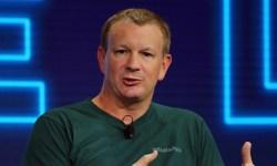 """El cofundador de WhatsApp cree que """"ha llegado el momento"""" de borrar Facebook"""