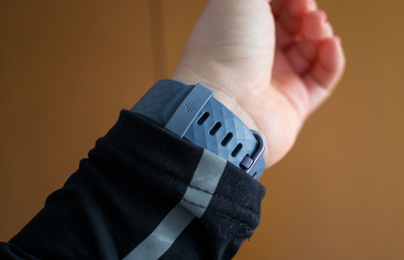 Fitbit Charge 3 Correa Detras