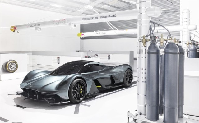¡Confirmado! Aston Martin asimismo planea un futuro superdeportivo de motor central