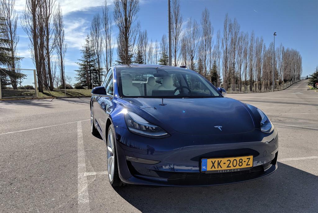 Permalink to Un día con el Tesla Model 3: es fácil verlo como el coche del futuro, aunque su precio todavía diga lo contrario