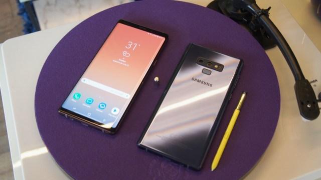 Samsung Galaxy℗ Note 9 03