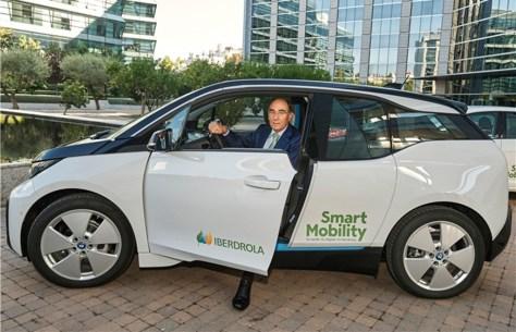 Iberdrola se lanza a la democratización del coche eléctrico con la apertura de 200 electrolineras en 2019