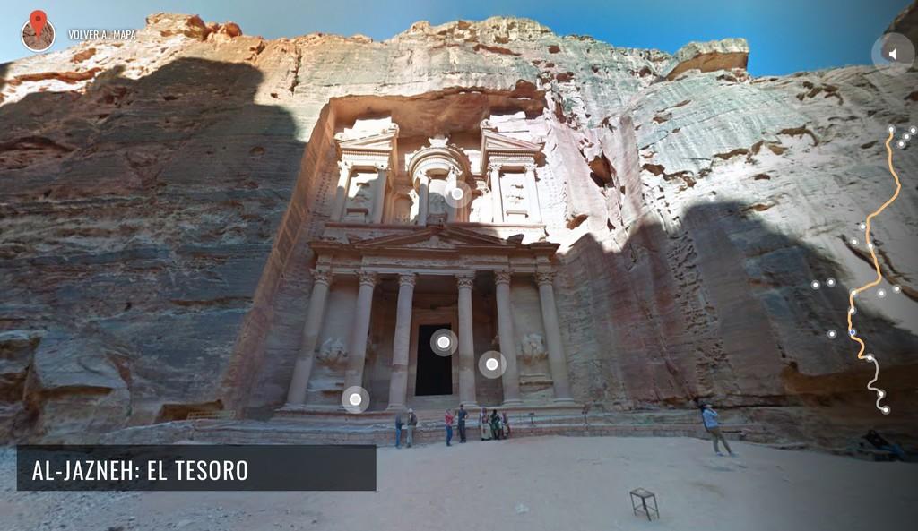 Descubriendo las maravillas del mundo: explora los secretos de Petra desde casa