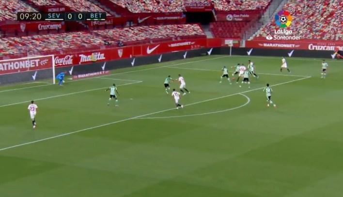 El fútbol y LaLiga en tiempos de COVID-19: el público virtual provoca bromas y memes, pero es una opción que suma, no que resta
