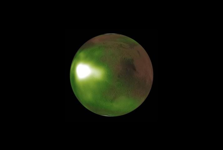 La extraña atmósfera de Marte emite tres destellos de luz ultravioleta cada noche en primavera y otoño