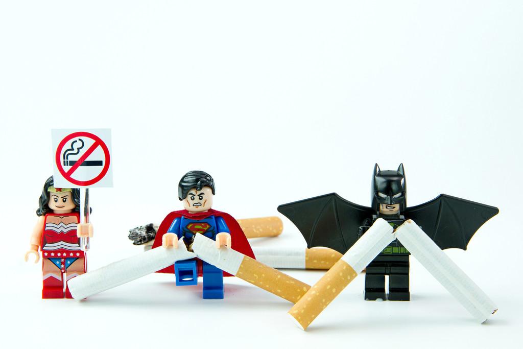 superheroes-lego-dejar-de-fumar