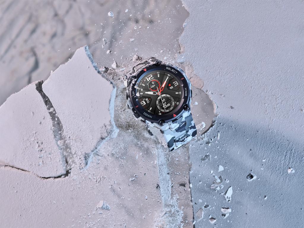 Amazft T-Rex y Amazfit Bip S: la nueva hornada de relojes inteligentes apuesta por una mayor resistencia