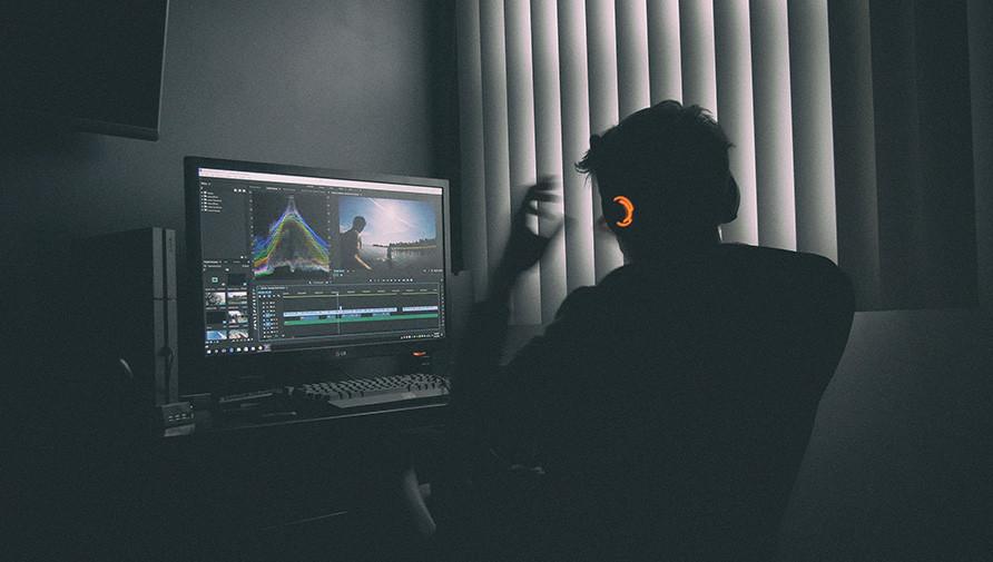 Un individuo esta demandando a Adobe® porque Premiere Pro le borró archivos avalados en 250.000 dólares