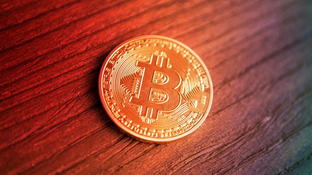 Bitcoin por debajo de los 5.000 dólares en una montaña rusa que sigue cayendo en picado
