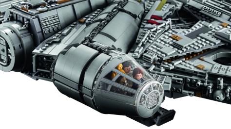 Millennium Falcon Lego 2