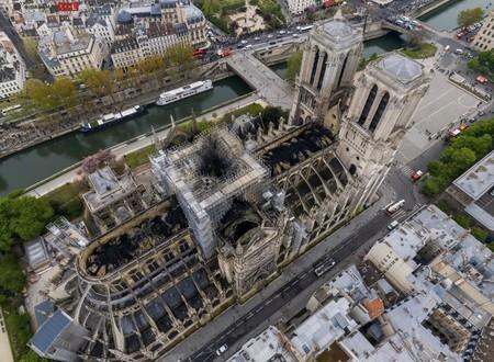 Notre Dame Gigarama 1
