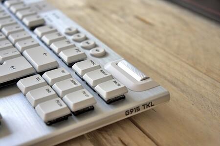 Logitech G915 Tkl Review Analisis Xataka Detalle Rueda Multimedia