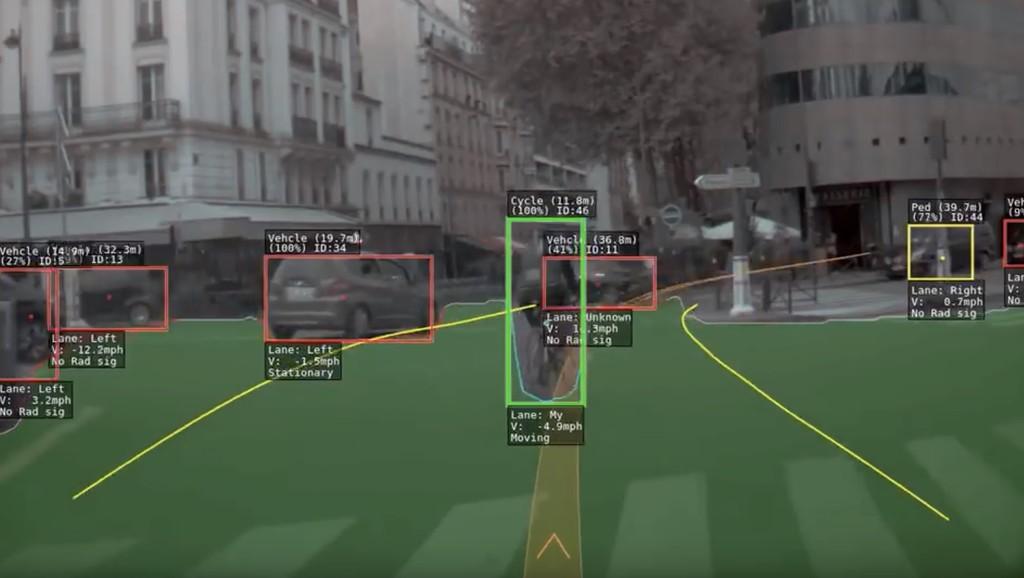 Paris a los ojos de un Tesla: esto es lo