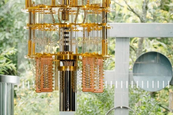 Los ordenadores cuánticos, explicados: cómo funcionan, qué problemas pretenden resolver y qué desafíos deben superar para lograrlo
