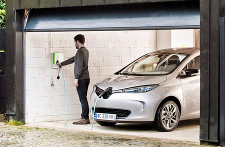 Vehiculo Electrico Cargar Bateria