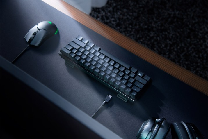RAZER HUNTSMAN MINI - BLACK CLICKY