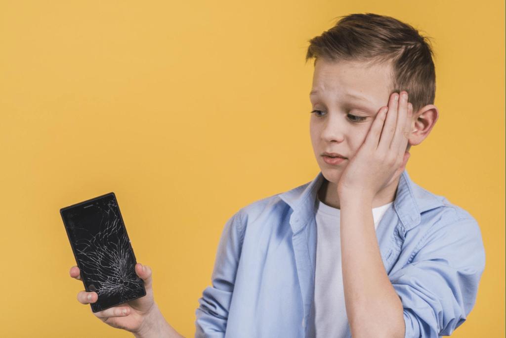 Qué mirar al contratar un seguro para tu móvil: precios, cobertura, limitaciones... y letra pequeña