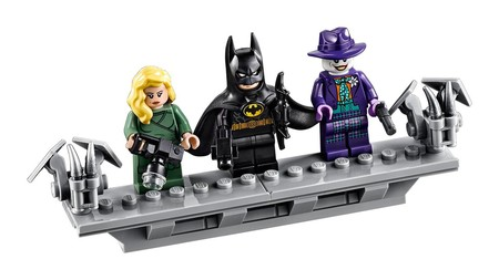 Lego 1989 Batmobile 6