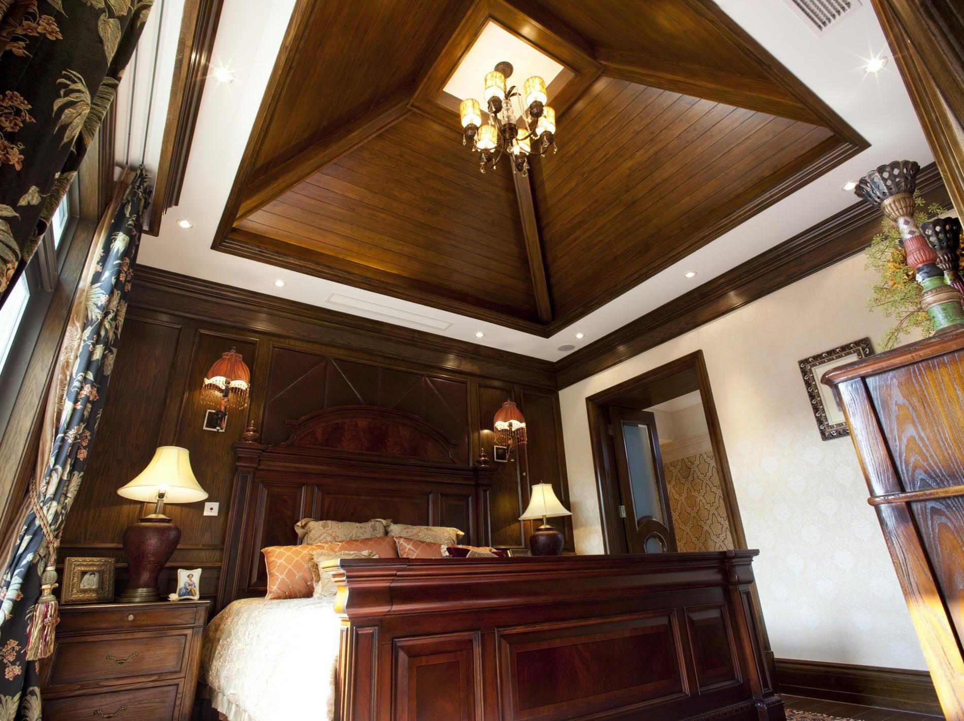 China Hot Sale Pvc Wooden Ceiling Tiles With Good Price
