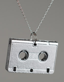 https://i0.wp.com/i.buyoly.com/hd_minimix_necklace_med.jpg