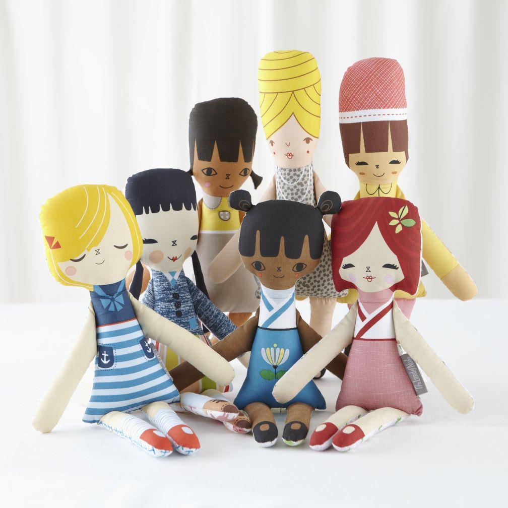 https://i0.wp.com/i.c-b.co/is/image/LandOfNod/Doll_Suzy_Ultman_Group/&$web_zoom$&wid=390&hei=390/1210021337/suzy-q-hello-doll.jpg