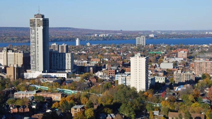 lugares mais baratos para morar no Canadá hamilton canada