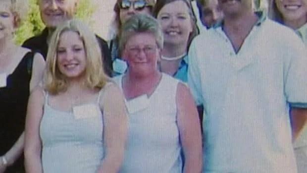 Surrey community shaken by hockey mom's death