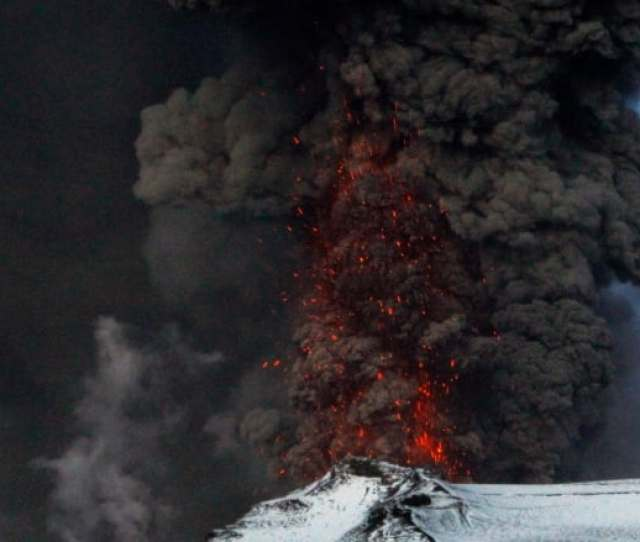 A Fresh Cloud Of Ash And Lava Eruptions Are Seen In The Volcano Under The Eyjafjallajokull Glacier In Iceland In May 2010 Ingolfur Juliusson Reuters