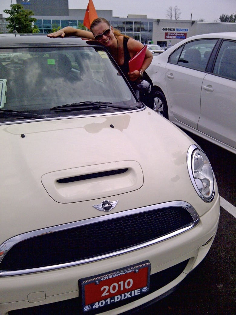 hight resolution of yasmina bursac bought her used 2010 mini cooper s from a volkswagen dealership in mississauga ont in july 2013 for 21 000 yasmina bursac