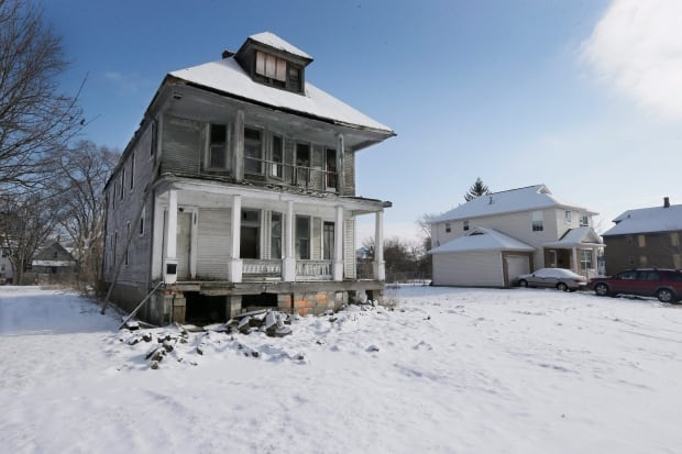 Dilemma Over Squatters Detroit