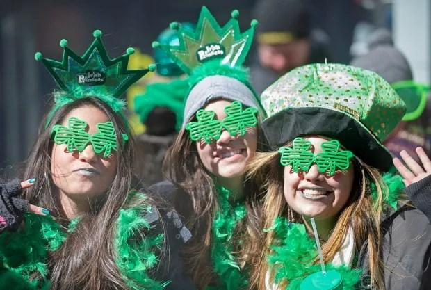 Que St Patricks Day Parade 20140316