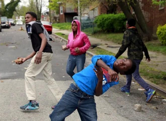 Baltimore-riots-poilice