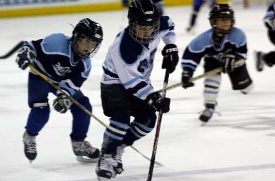 A Kelowna father says his nine-year-old son quit his hockey team because he was only getting two shifts a game and it was no longer fun for him.