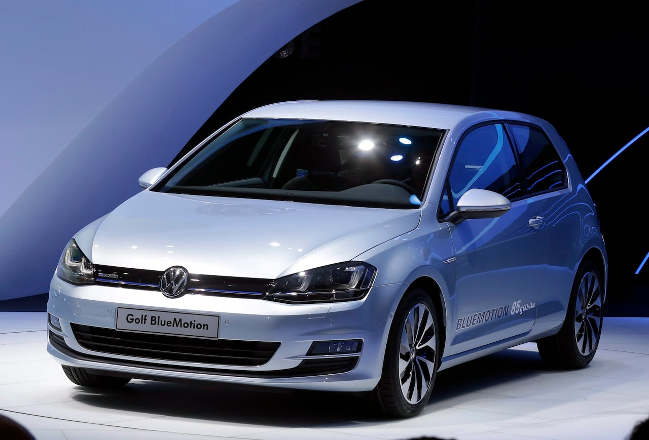 hight resolution of volkswagen recalls 41 300 vehicles in canada for airbag fault