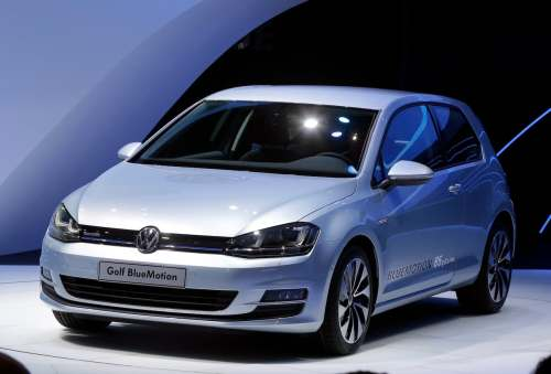 small resolution of volkswagen recalls 41 300 vehicles in canada for airbag fault