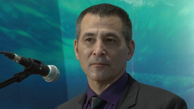 Federal Fisheries Minister Hunter Tootoo toured the Bedford Institute of Oceanography in Dartmouth on Tuesday.