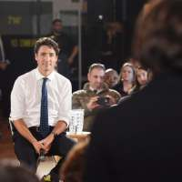 "Canadian Prime Minister Justin Trudeau refuses to answer English speaking residents' questions in English. Justin instead spoke exclusively in French, stating ""we're in Québec""."